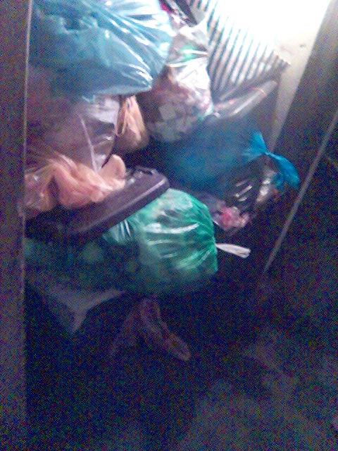 Müllansammlung im Keller unseres Hauses