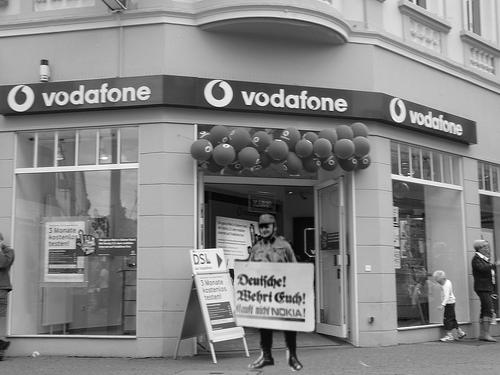 Deutsche! Wehrt euch! Kauft nicht bei Nokia!