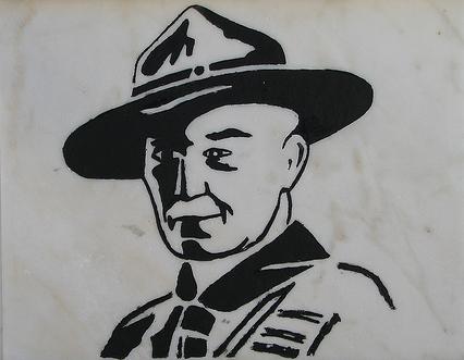 Baden Powell auf einer Kirchenwand