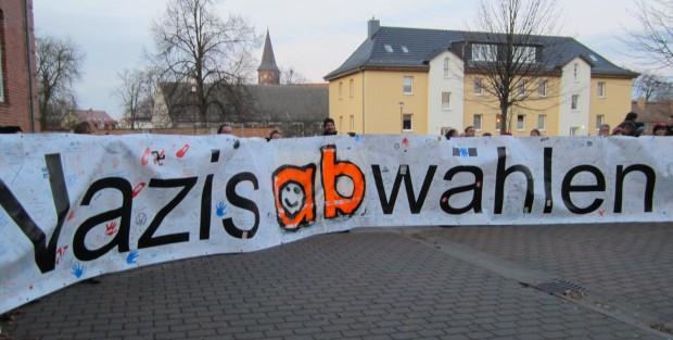 Protest vor dem Kreistag Pasewalk