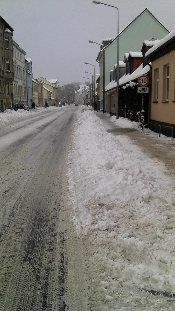 Radschutzstreifen auf der Gützkower Straße