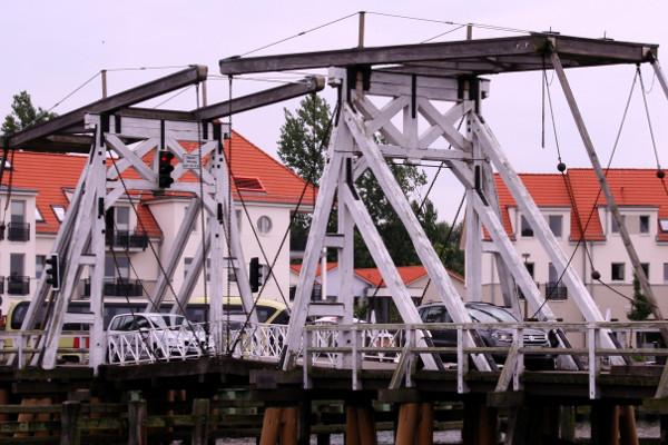 Klappbrücke in Wieck